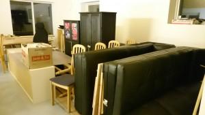 Whauuuu så fik vi flyttet vores møbler.. lørdag den 19 december 2015. tak til Michael og Tina.