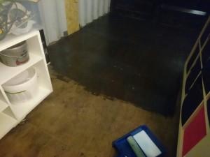 Det gamle gulv får lak
